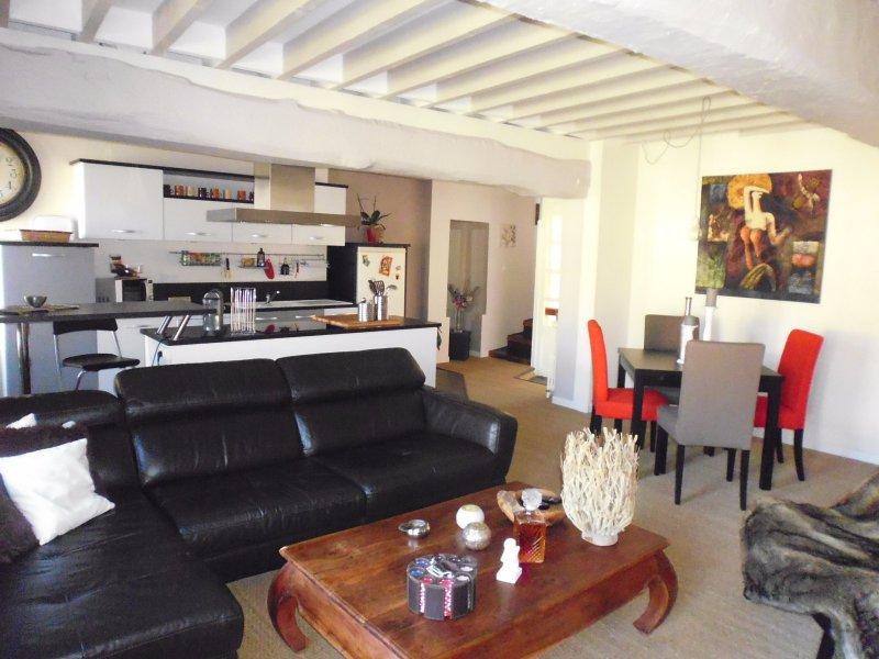 annonce immeuble 4 pieces verneuil sur avre vente. Black Bedroom Furniture Sets. Home Design Ideas